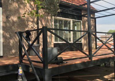 Stalen veranda