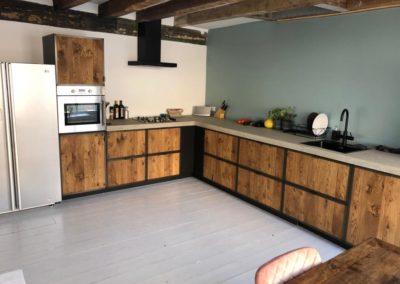 Stalen frame keukenkastjes