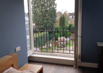 Frans balkon binnen uitzicht